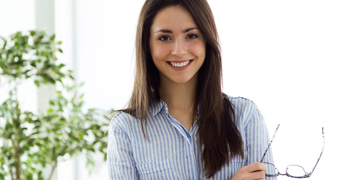 O clareamento dental evoluiu: hoje ninguém precisa abrir mão do seu cafezinho durante o tratamento